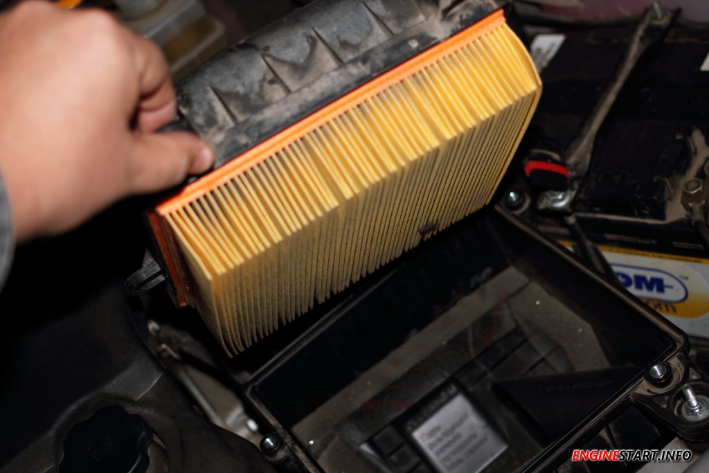 Фото №18 - когда менять воздушный фильтр ВАЗ 2110